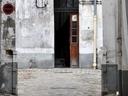Een onbewoonbare woning verhuren: de risico's